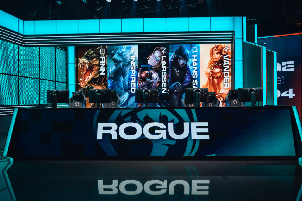 RGE in the playoff round of the world championship